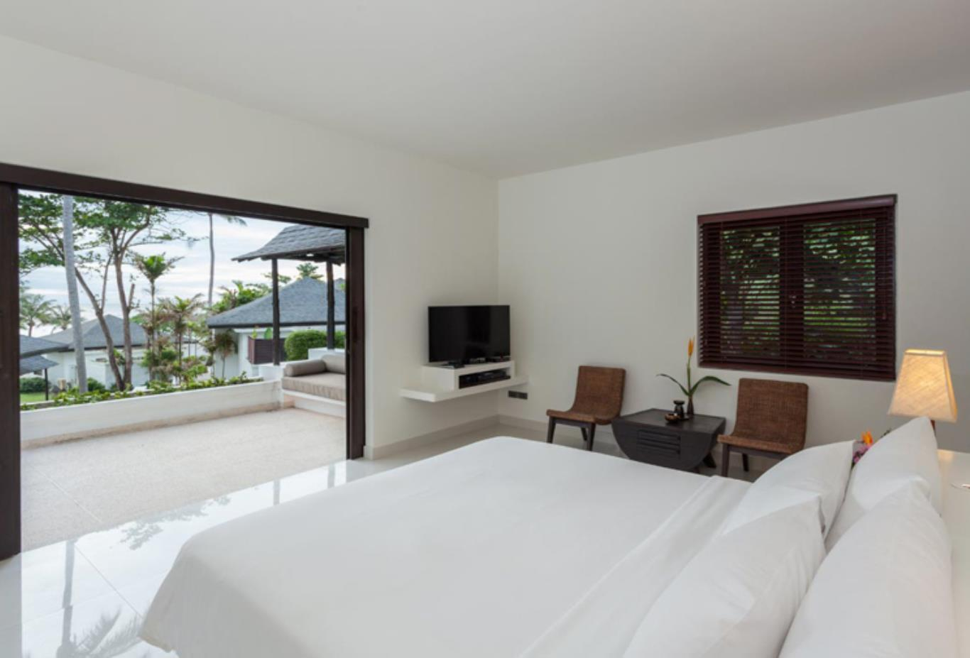Grand Deluxe Villa bedroom