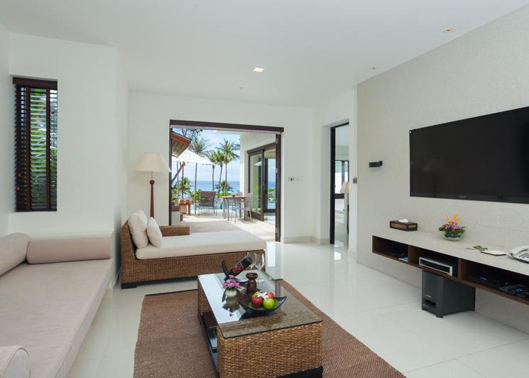 Two bedroom grand pool suite living room