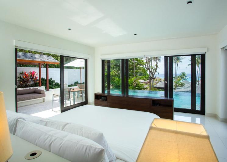 Two Bedroom Grand Pool Suite bedroom