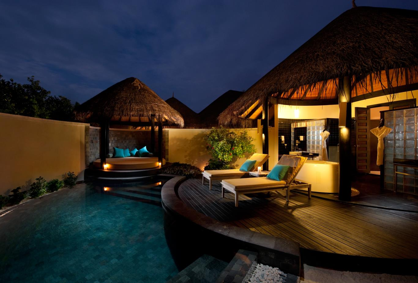 Pool Beach Villa Exterior