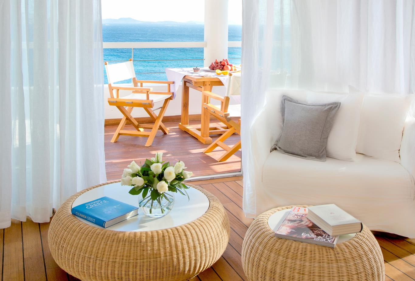 Mykonos-Suite-living
