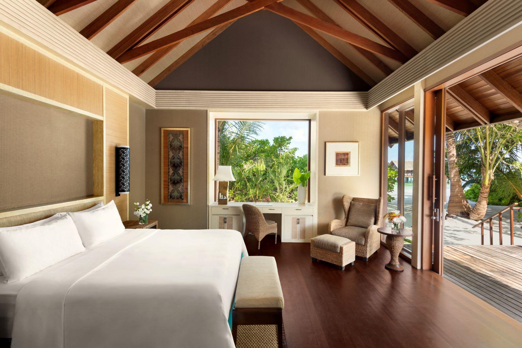 Two Bed Beach Villa   King Bedroom