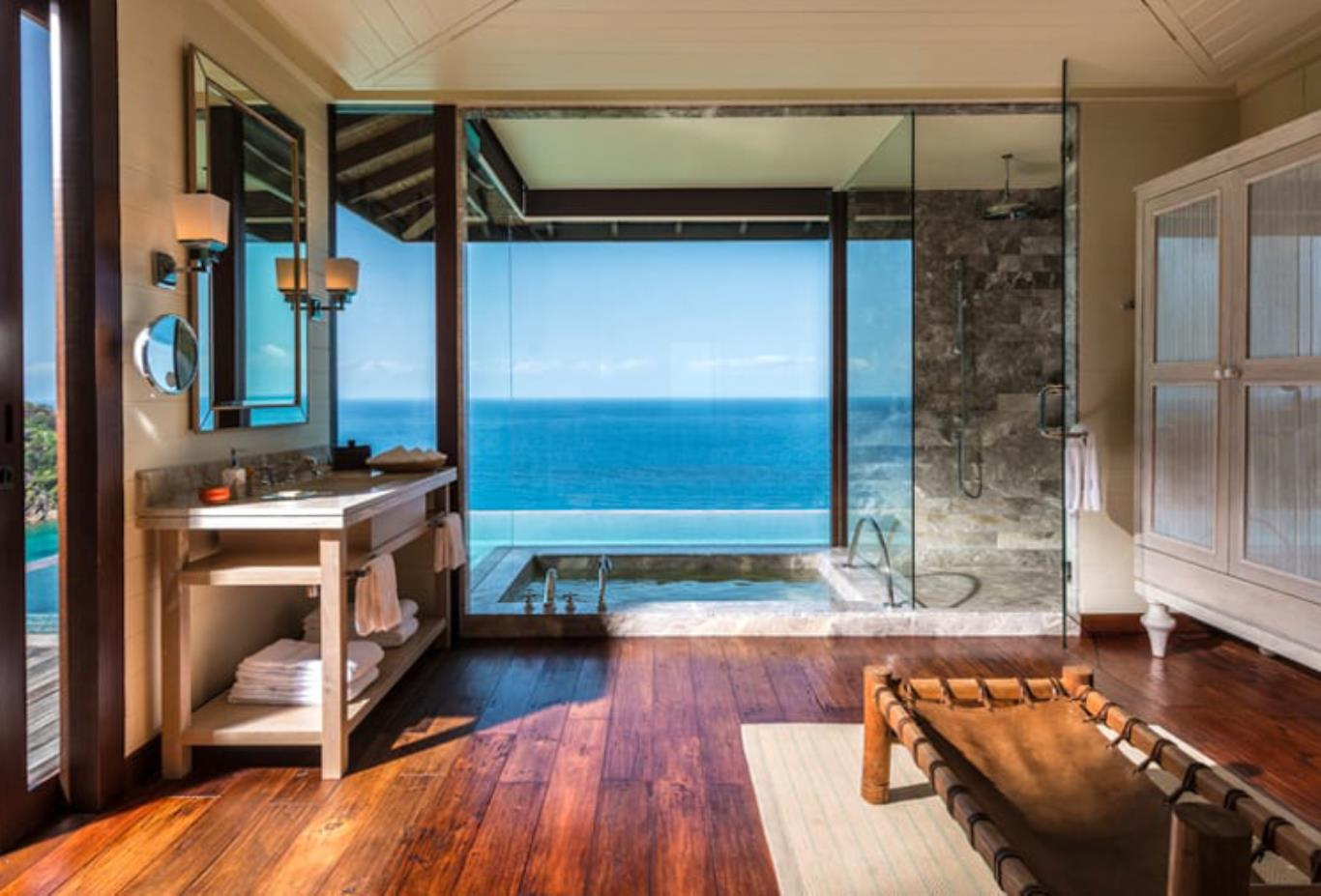 Hilltop Ocean View Suite bathroom