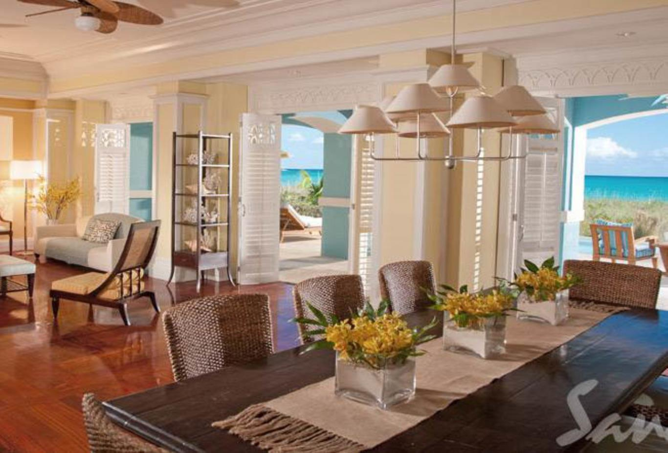 Royal Estate Two Story One Bedroom Beachfront Butler Villa Suite with Pool - BSP 3