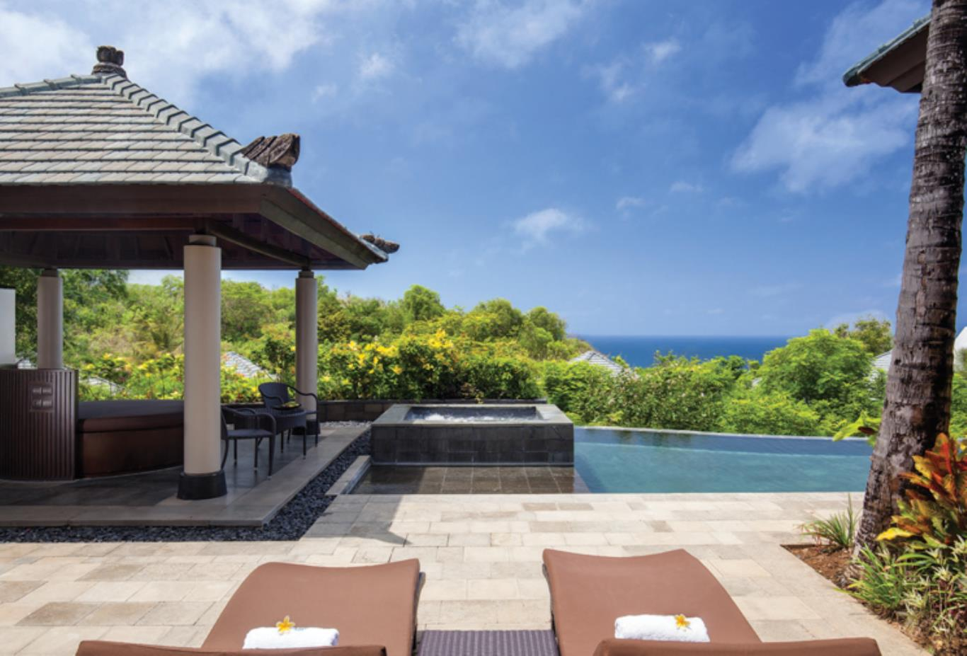 Pool Villa Cliff Edge views