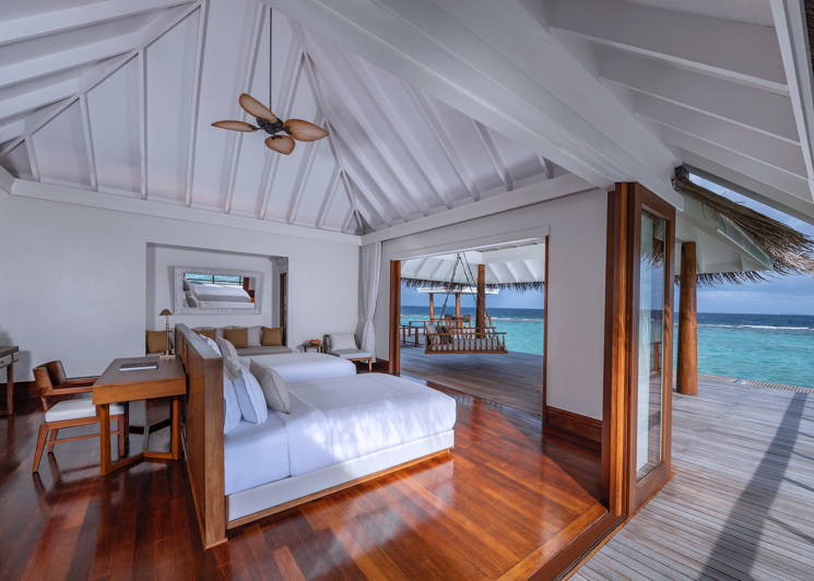 Two bedroom sunset over water pool residence twin bedroom
