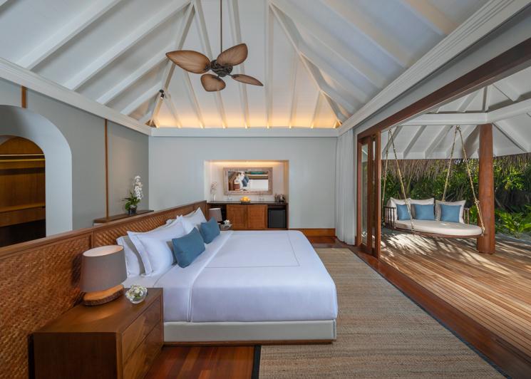 Three Bedroom Beach Pool Residence Master Bedroom