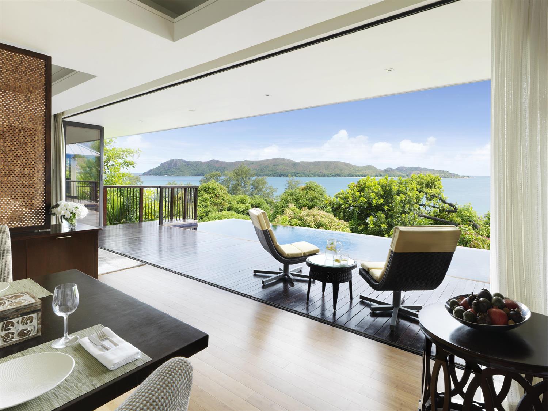 Two bedroom ocean view deck