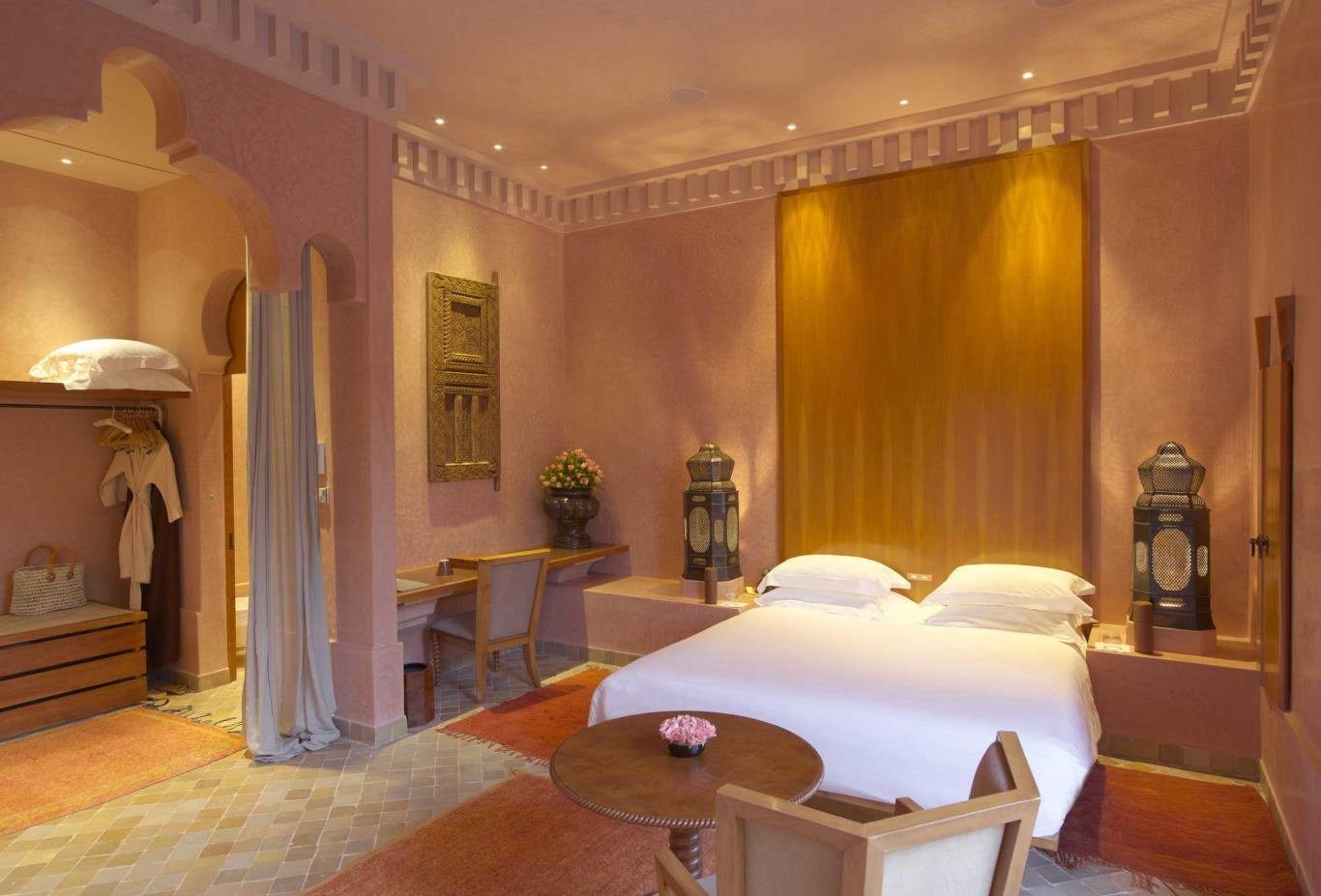Maison-Guest-Bedroom