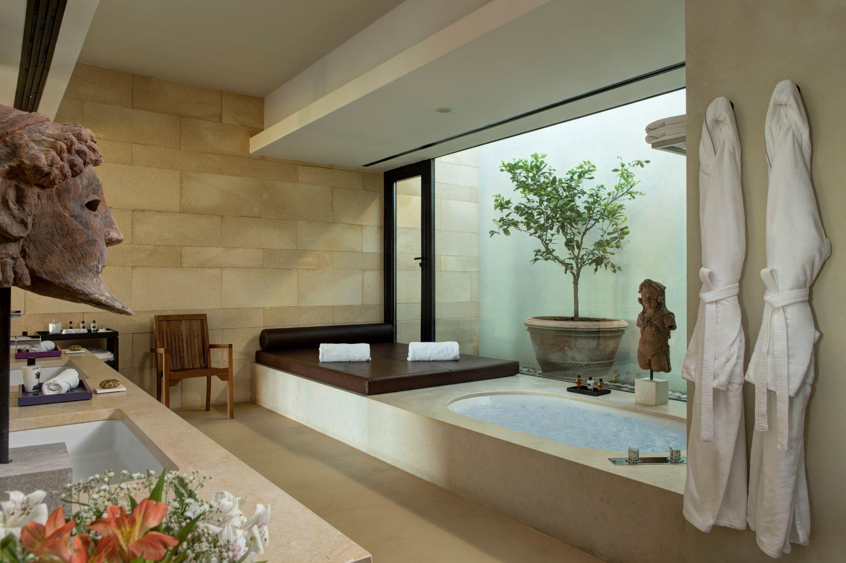 Villa Acacia Bathroom