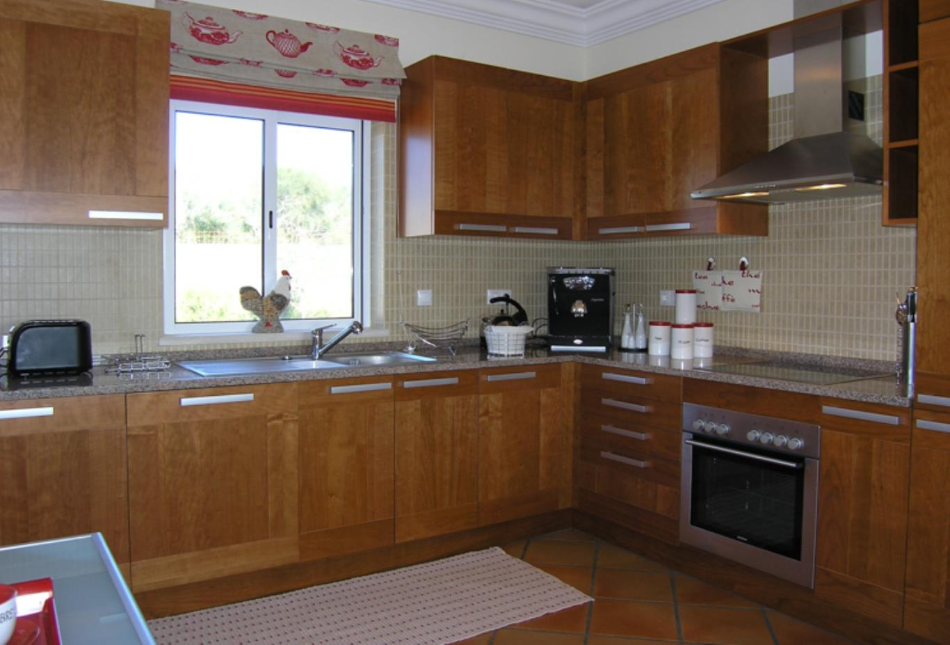 Villa 1 kitchen