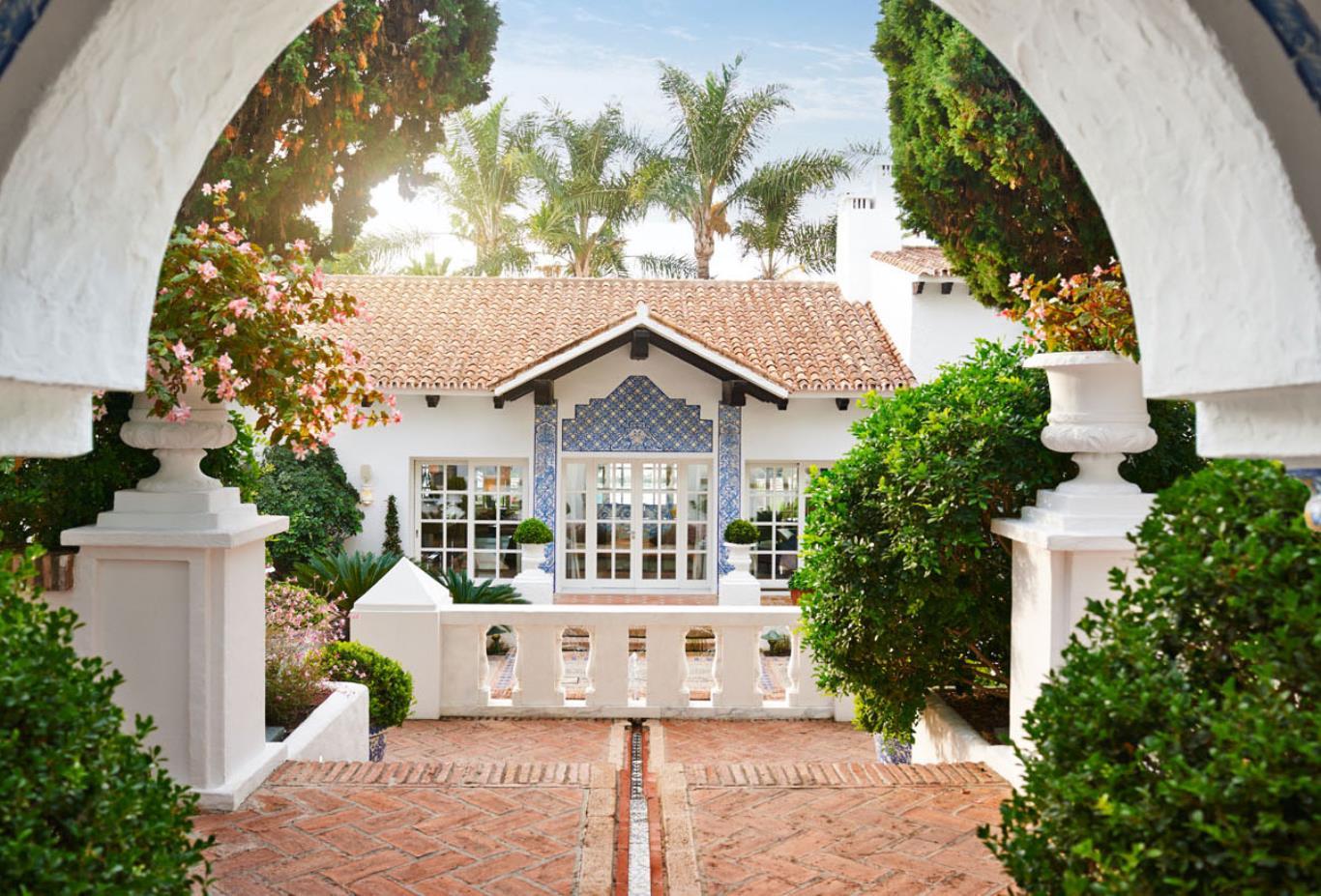 Villa Del Mar - Central Entrance