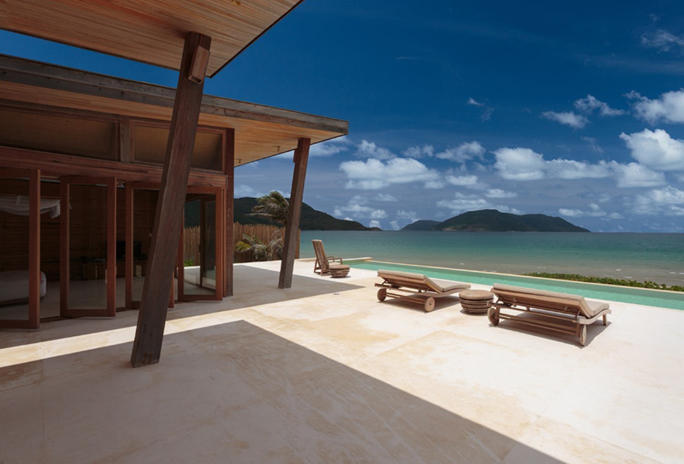 Ocean front 4 bed pool villa exterior