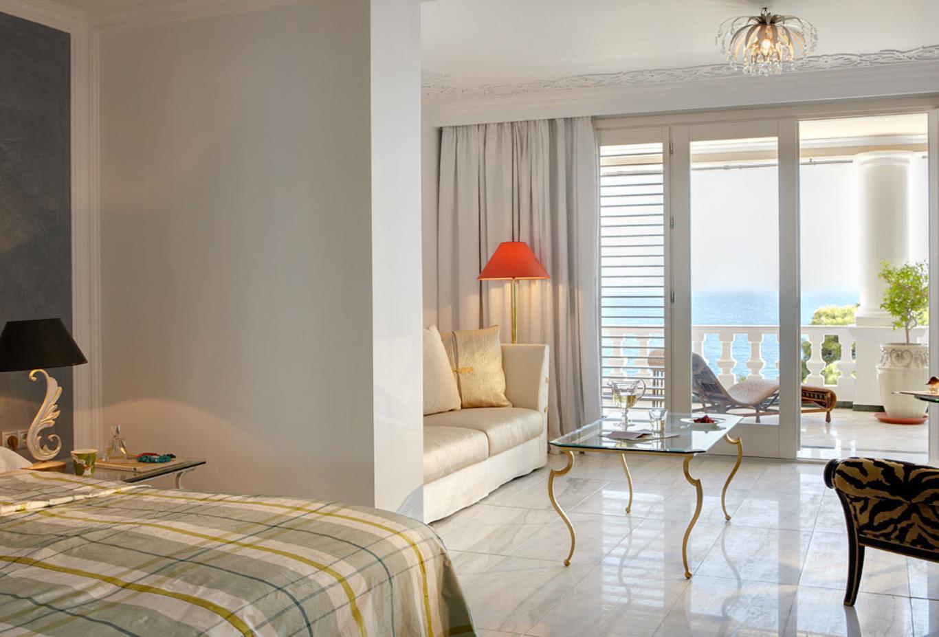 Villa of Greek Riviera bedroom