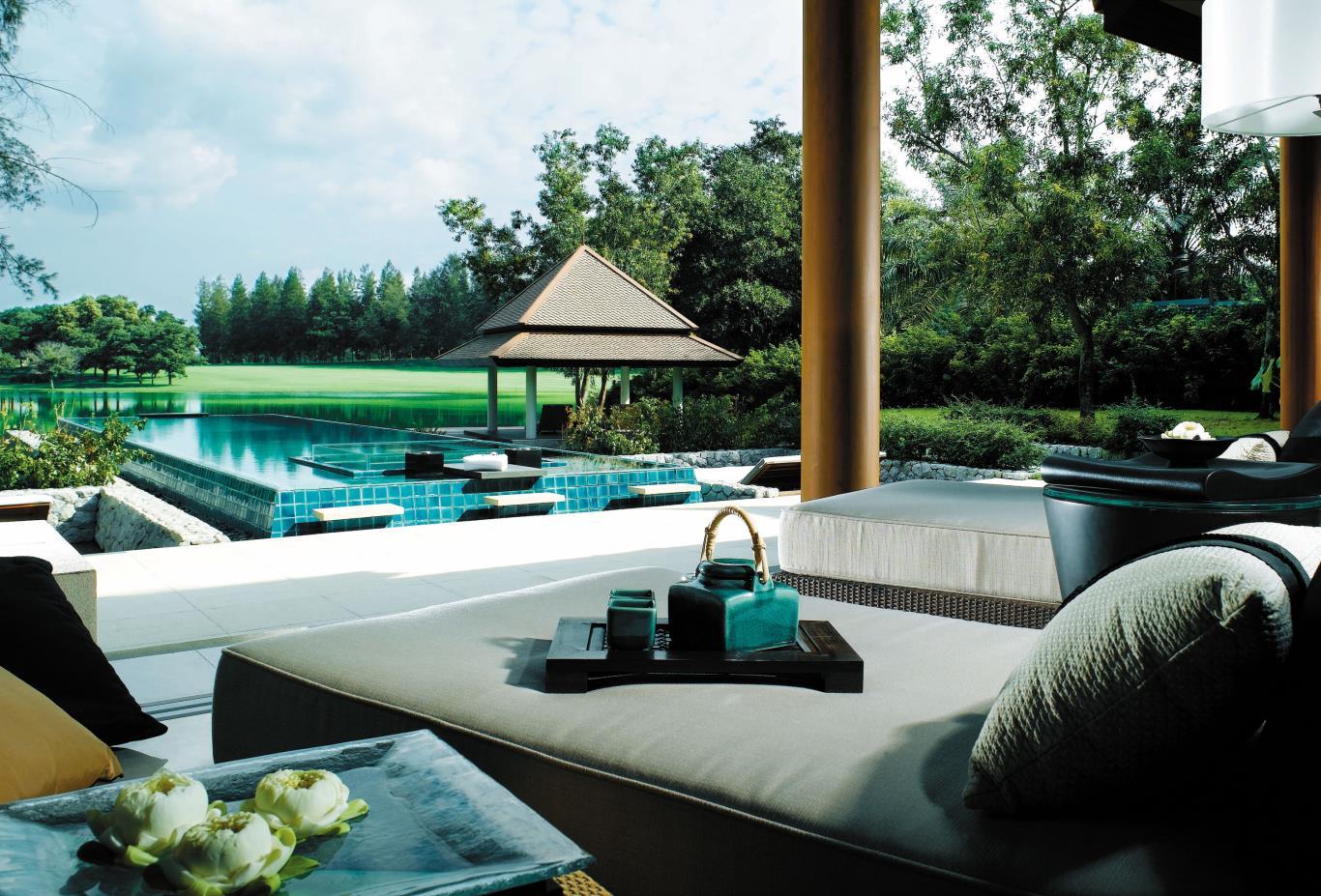 DoublePool Villa Living Area