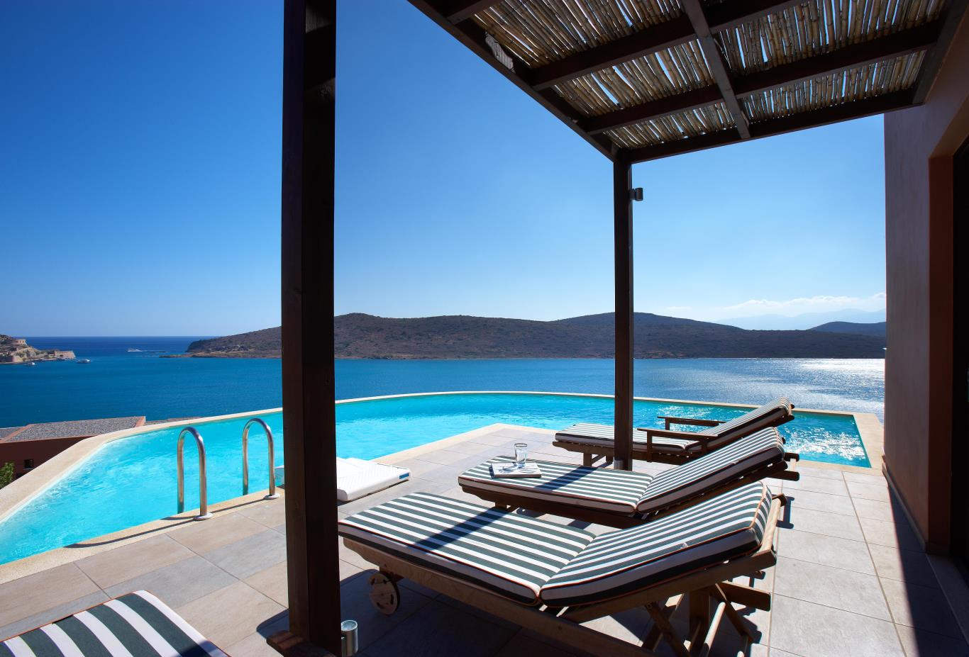 Two Bed Luxury Villa   private pool