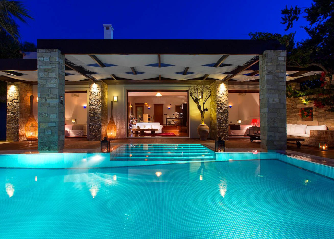 Royal Spa Villa at night