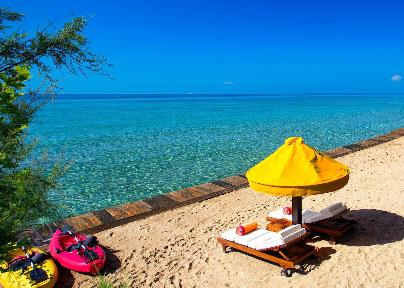 One royal spa villa beach