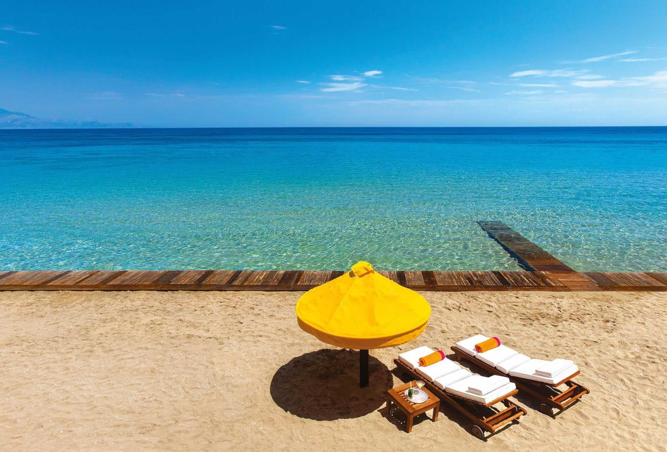 Royal Spa Villa Private Beach
