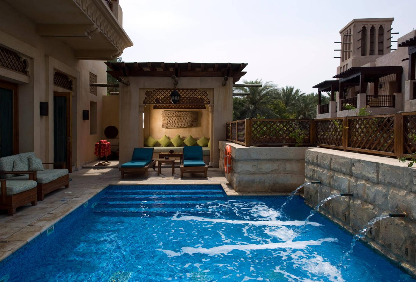 Royal Villa Pool