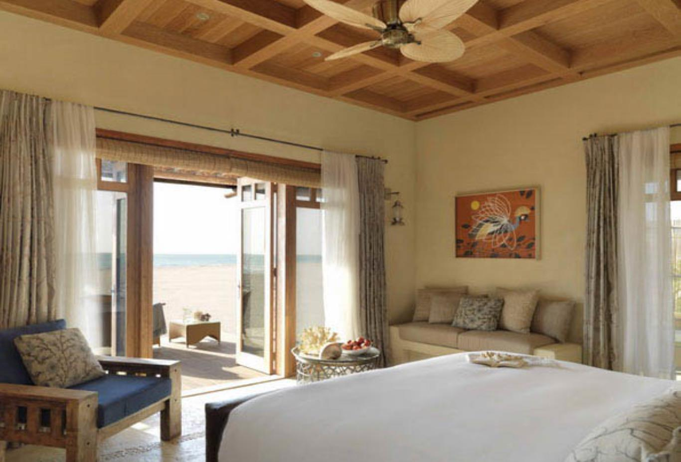 Rooms-One Bedroom Beach Villa-Living Room-nws