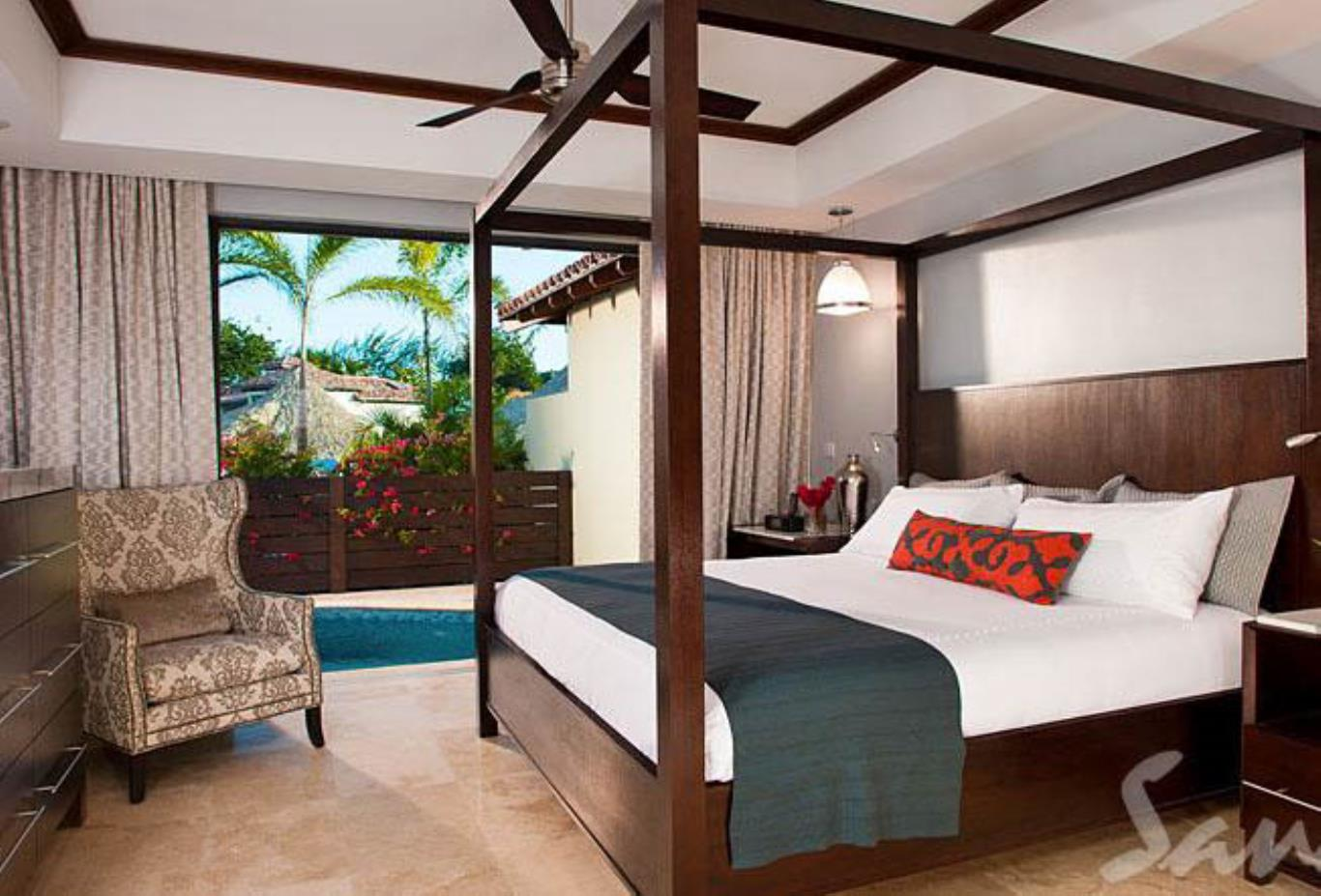 South Seas Honeymoon One Bedroom Butler Suite with Private Pool Sanctuary - 1BP