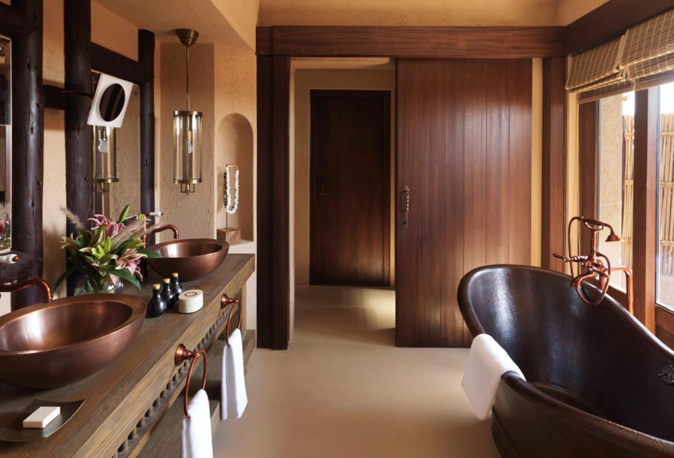 Villa_bathroom