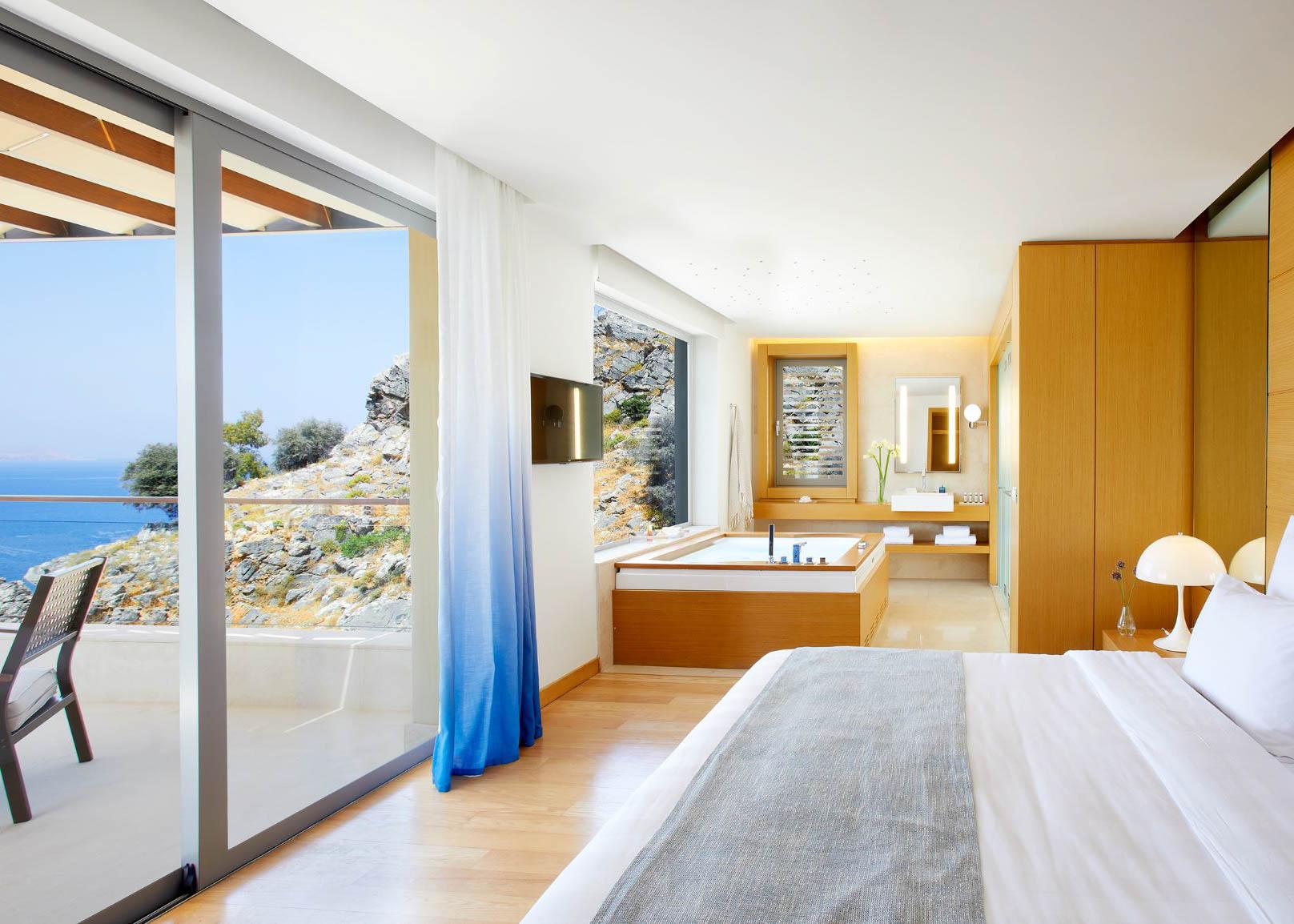 Maisonette   Private Pool bedroom