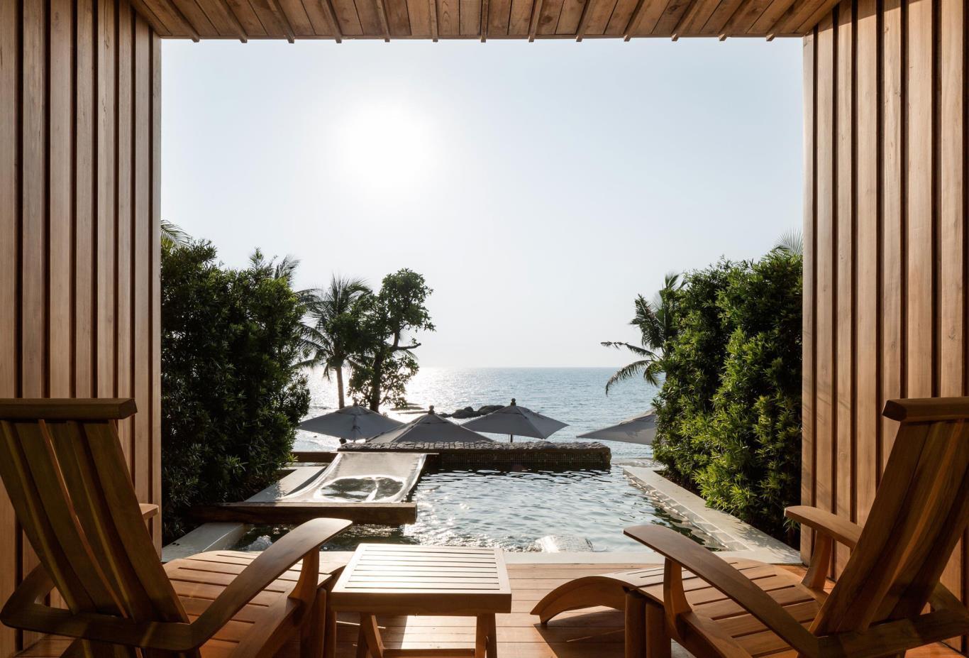 Dara-Private-Pool