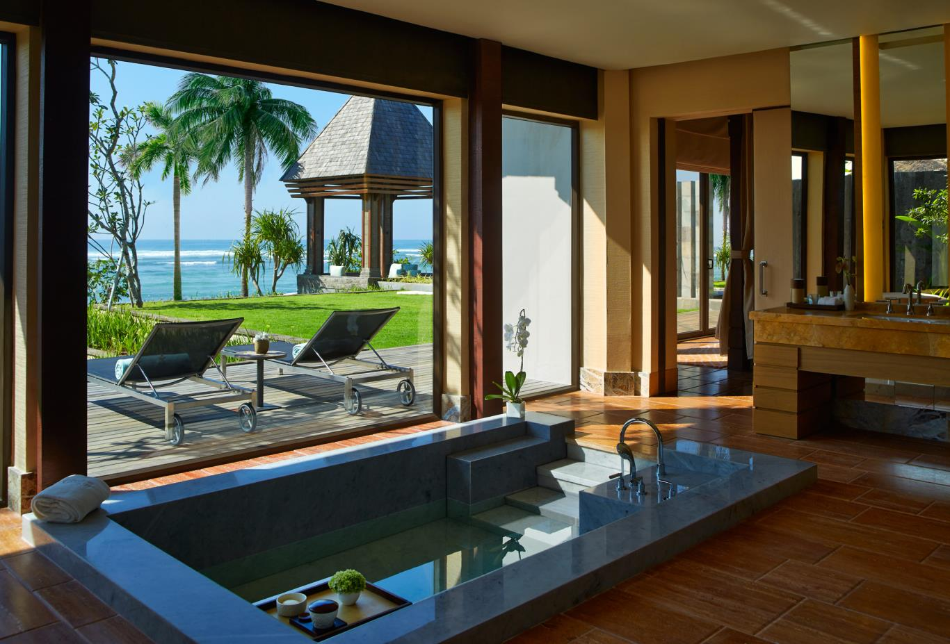 Oceanfront Villa Bathroom