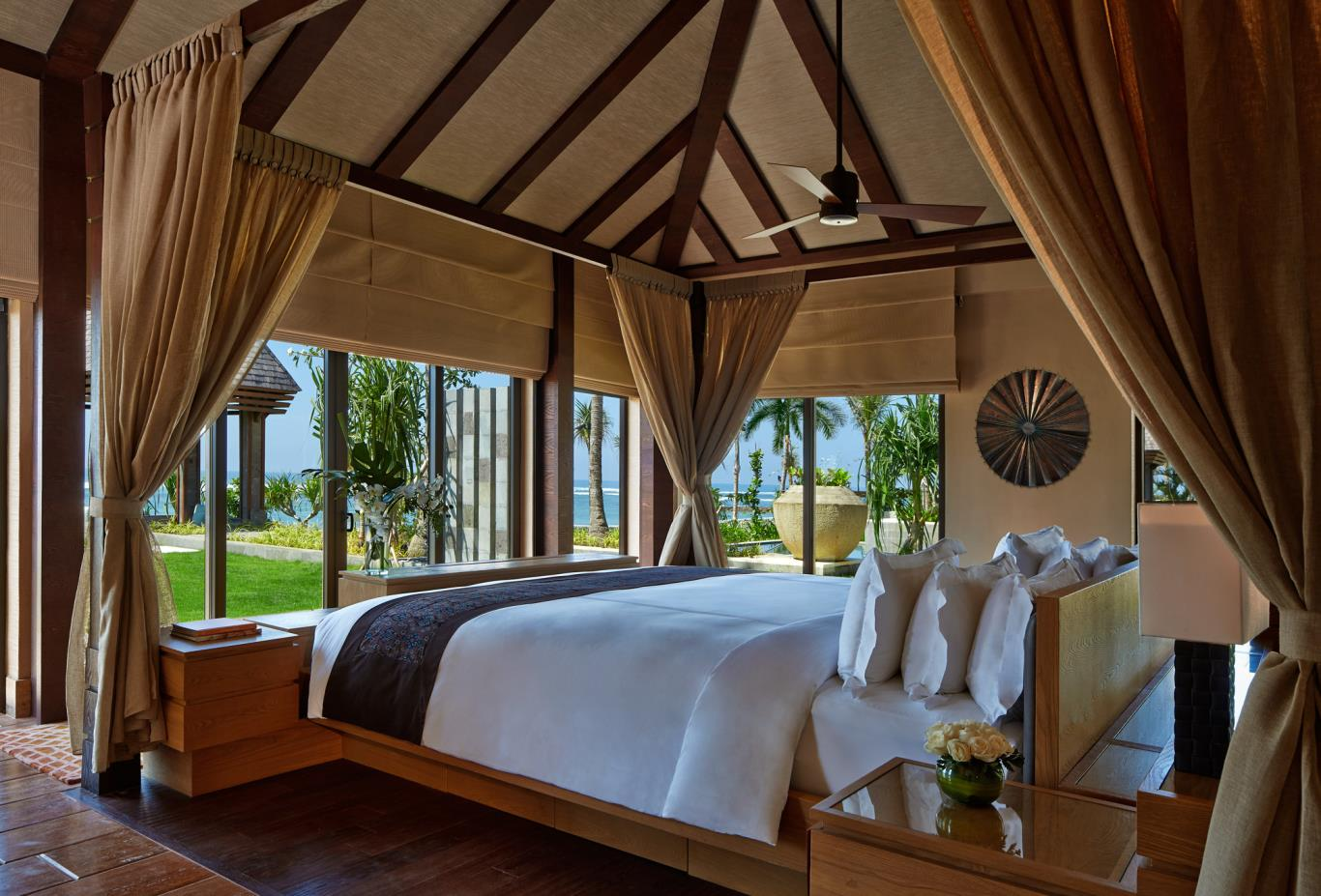 Oceantfront Villa Bedroom