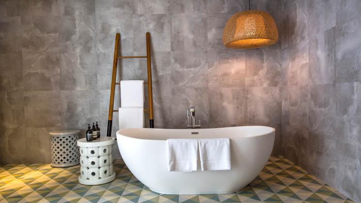 Beach Villa bathroom (1)