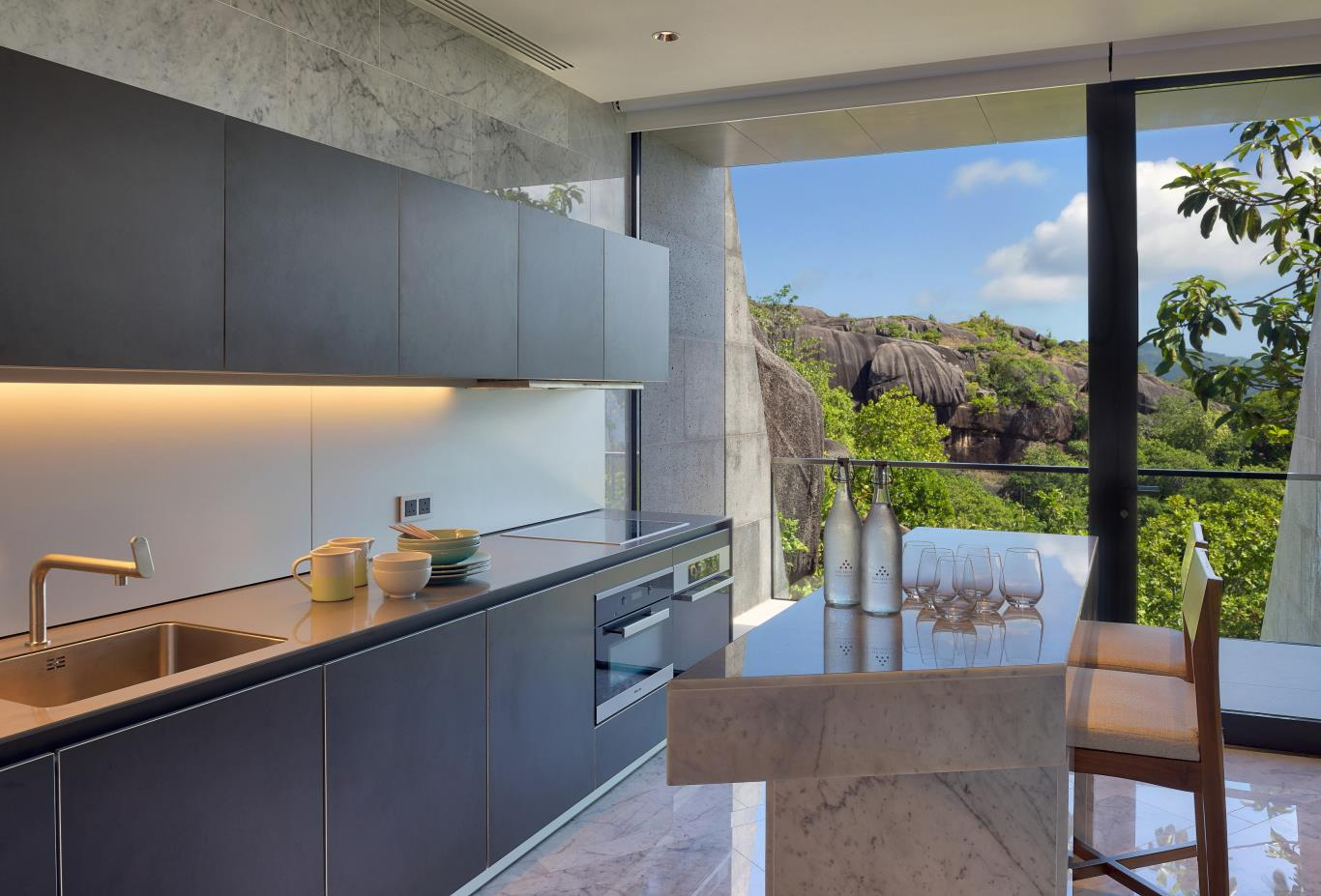 Three Bedroom Residence kitchen
