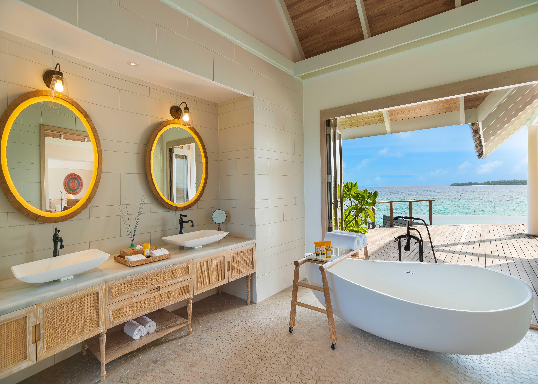 Milaidhoo Maldives Water Pool Villa Bathroom
