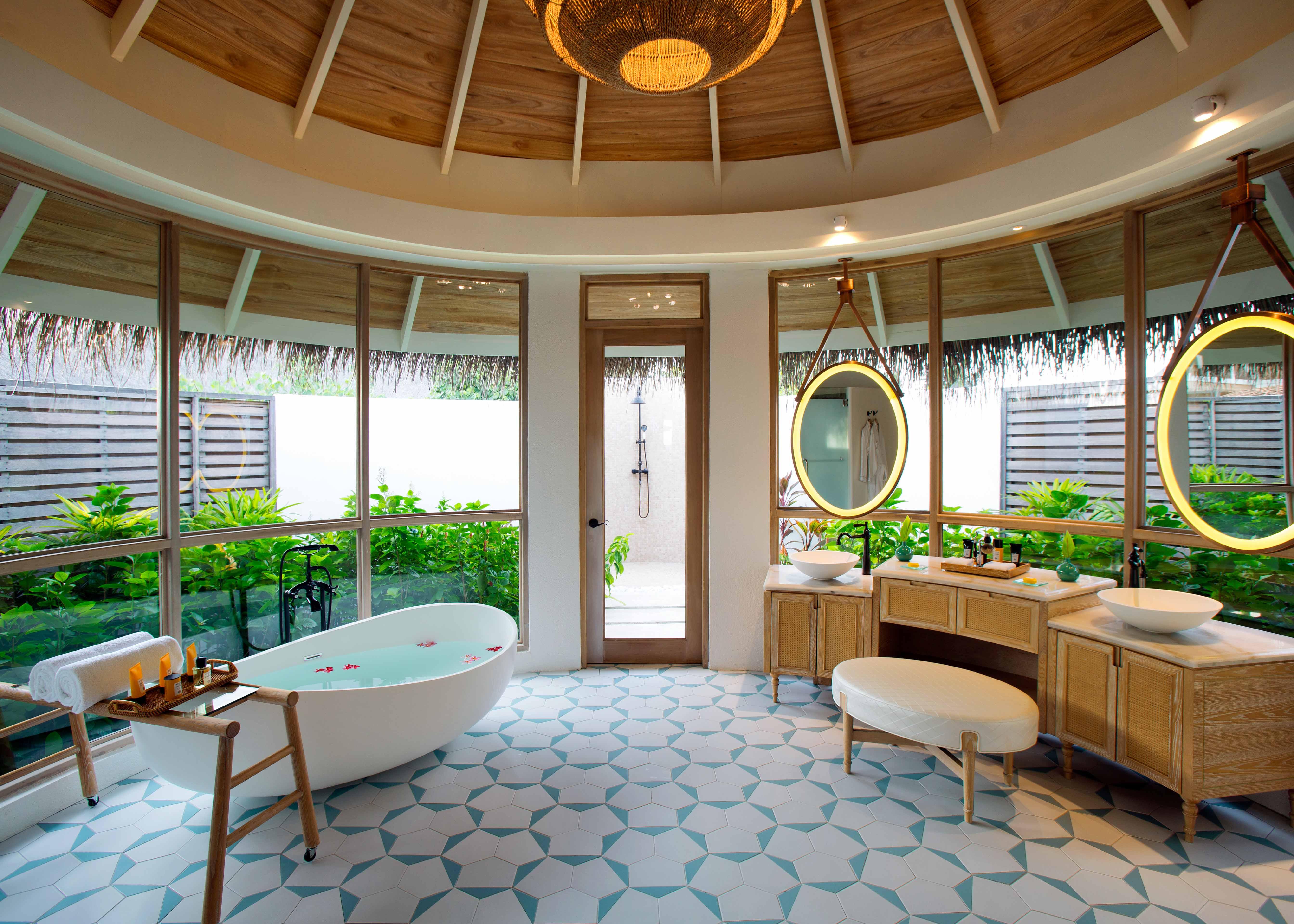Milaidhoo Maldives Beach Pool Villa Bathroom