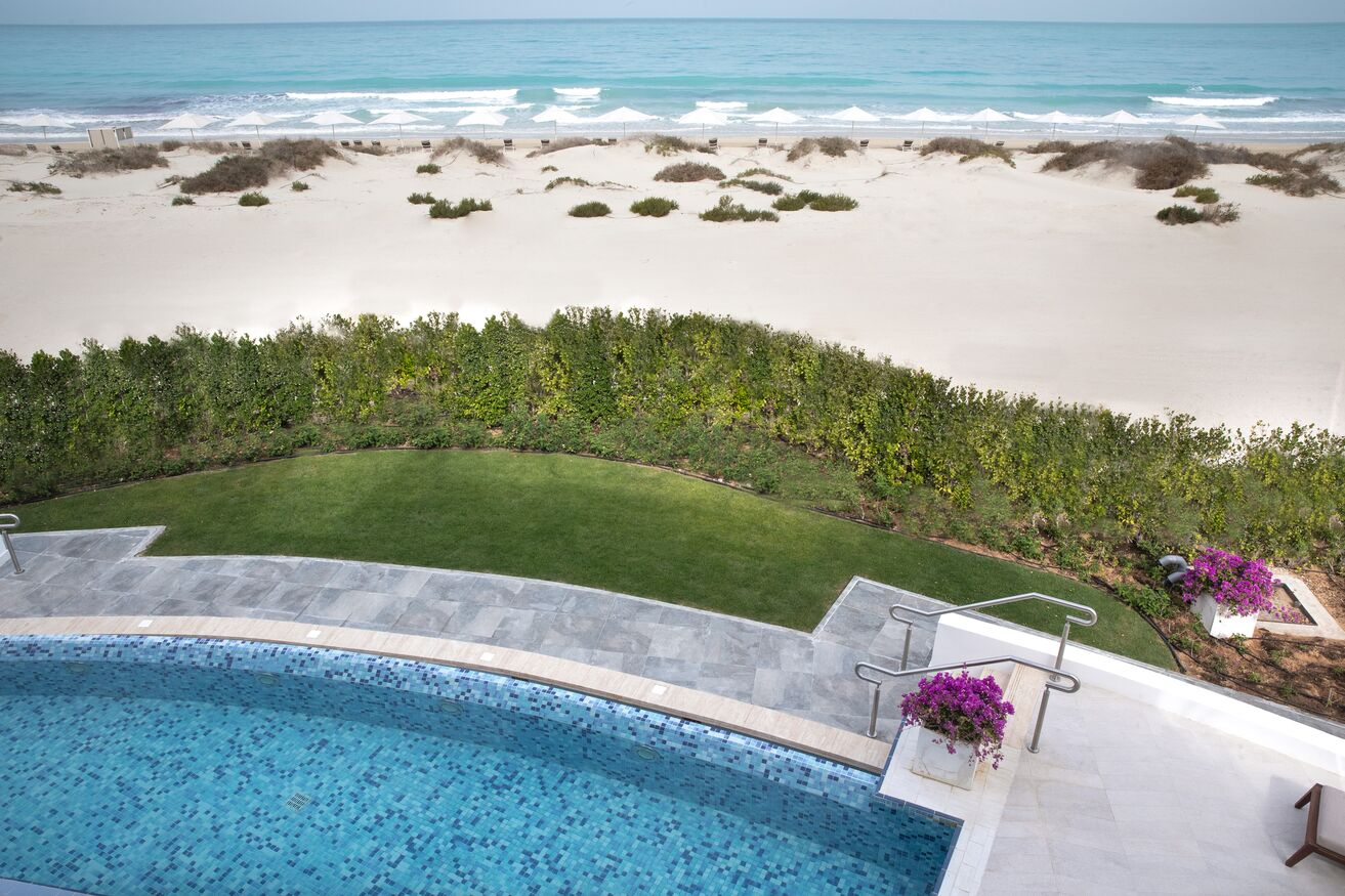 Four Bedrooms Villa   Private Pool and beach