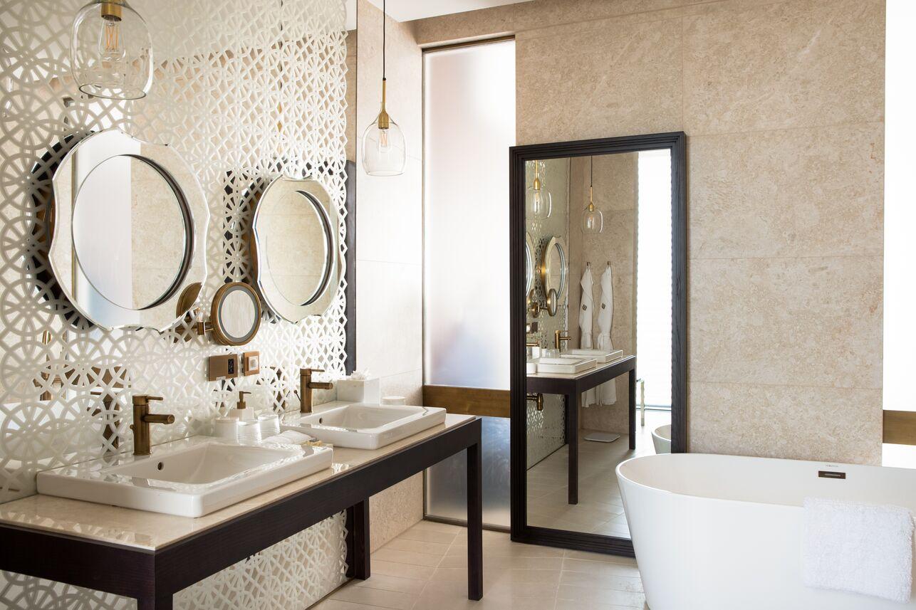 Four Bedrooms Villa   Bathroom