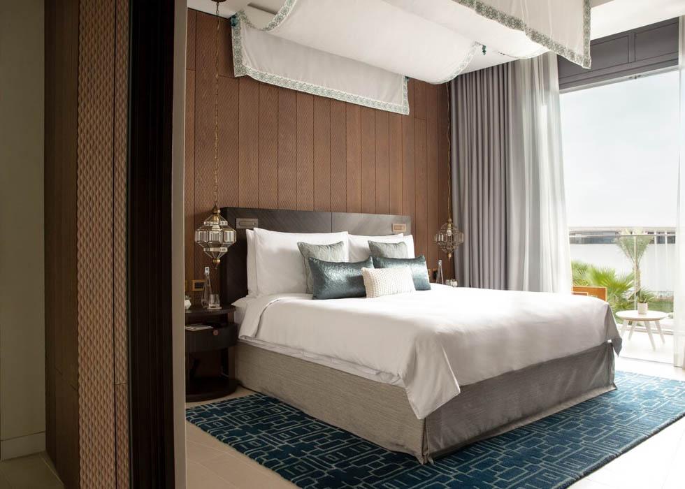 Three Bedrooms Villa   King Bedroom