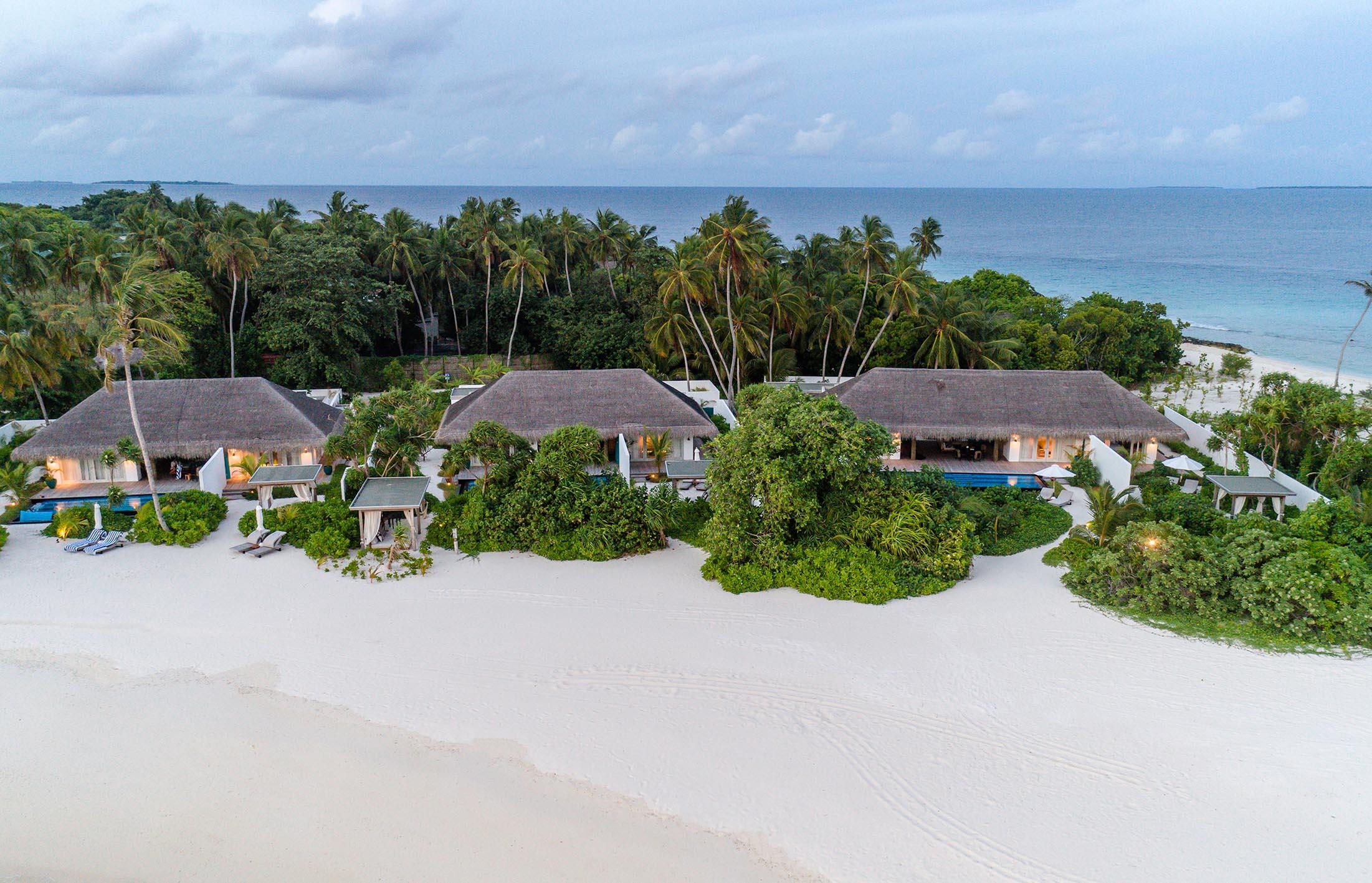 Three Bedroom Beach Sunset Villa exterior
