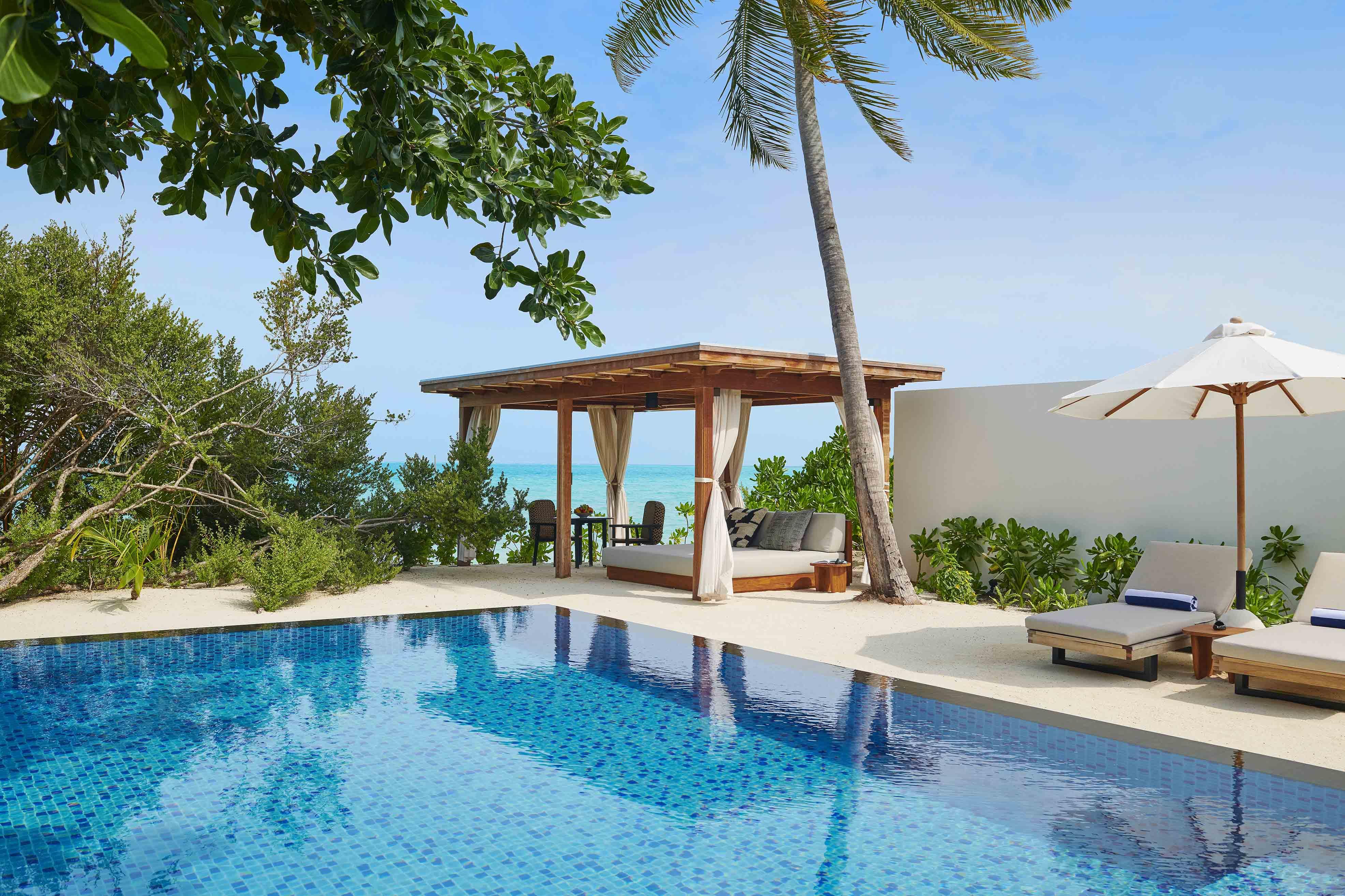Two Bedroom Beach Sunset Villa pool