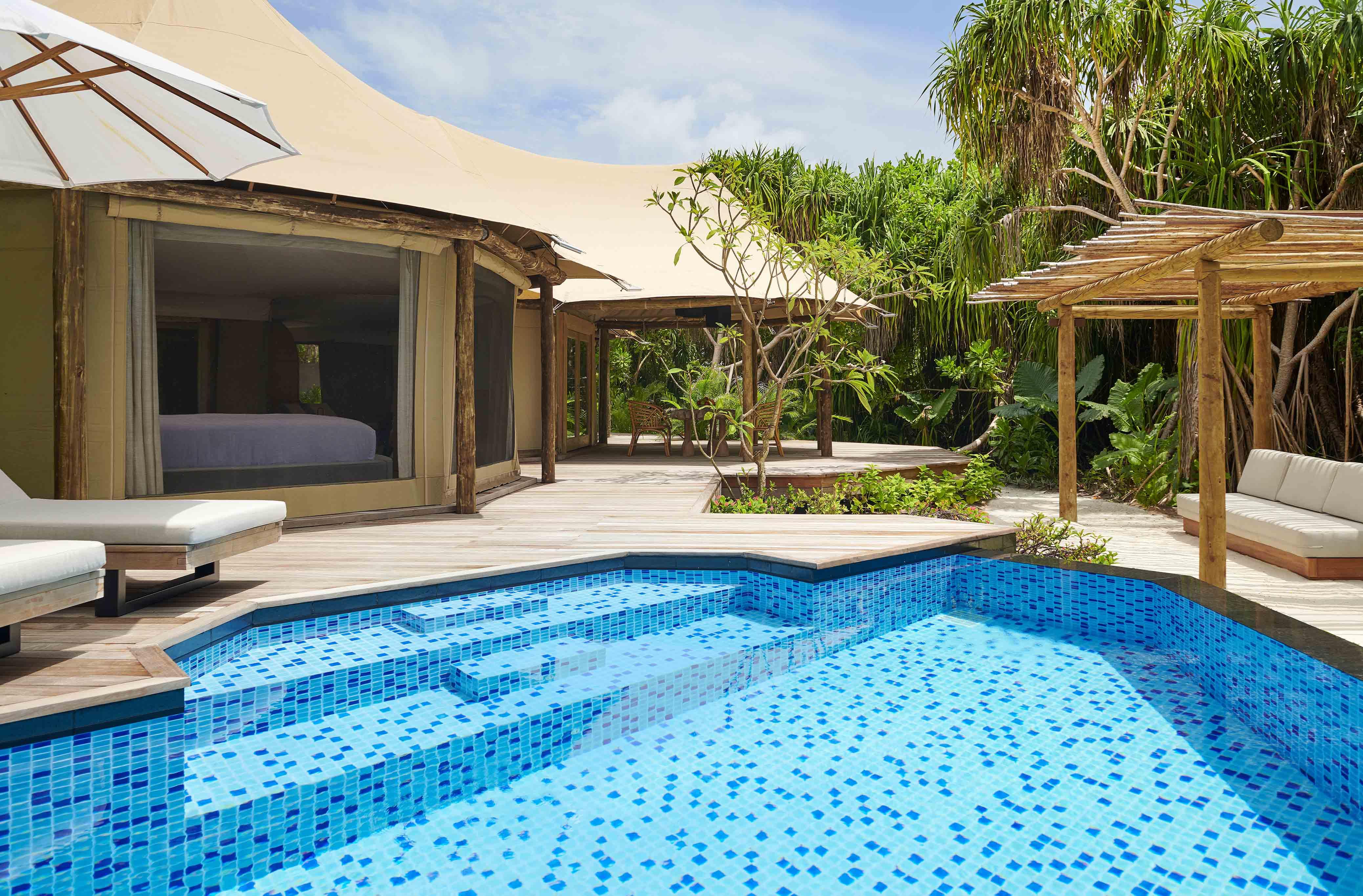 Luxury Tented Jungle Villa pool