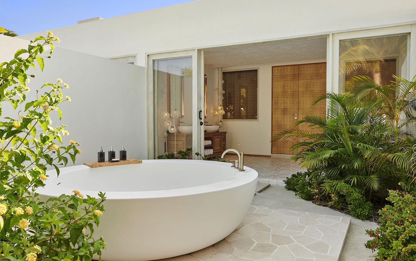 Two Bedroom Beach Sunset Villa bathroom