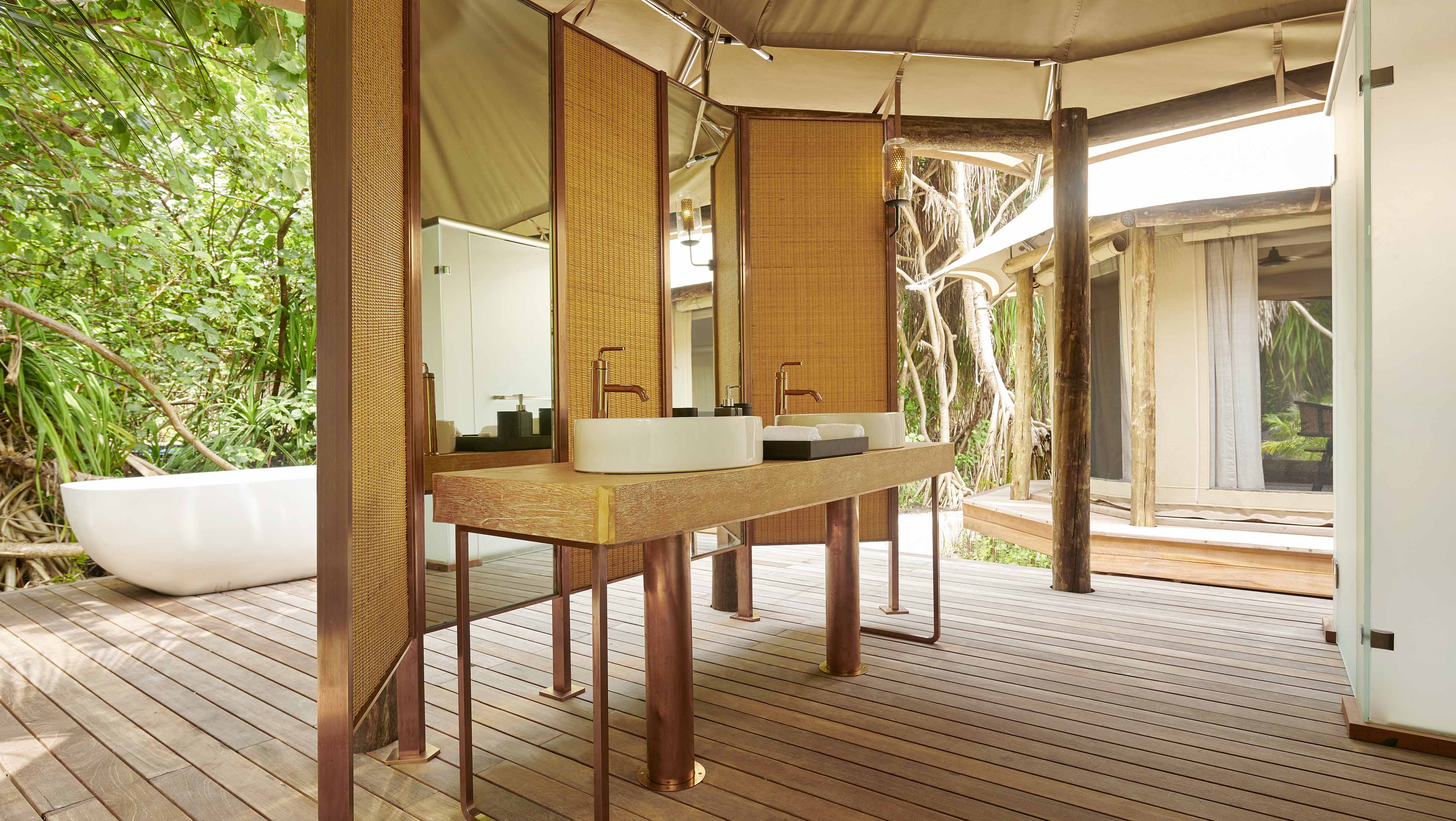 Luxury Tented Jungle Villa bathroom