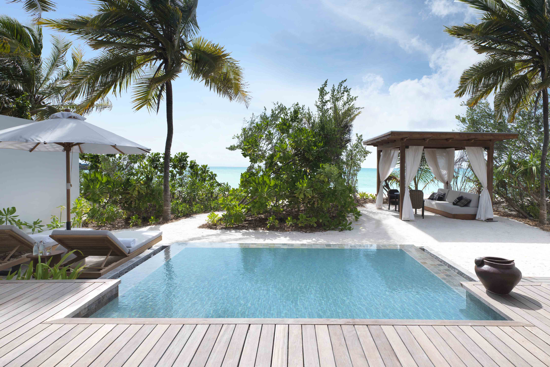 Deluxe Beach Sunset Villa Pool