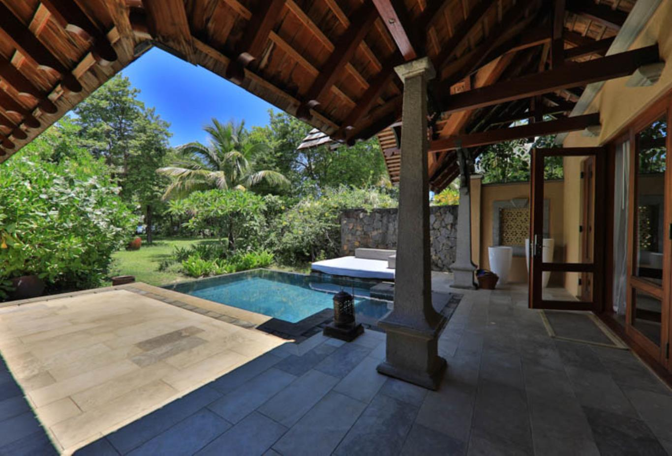 Beachfront Luxury Suite Pool Villa terrace and pool