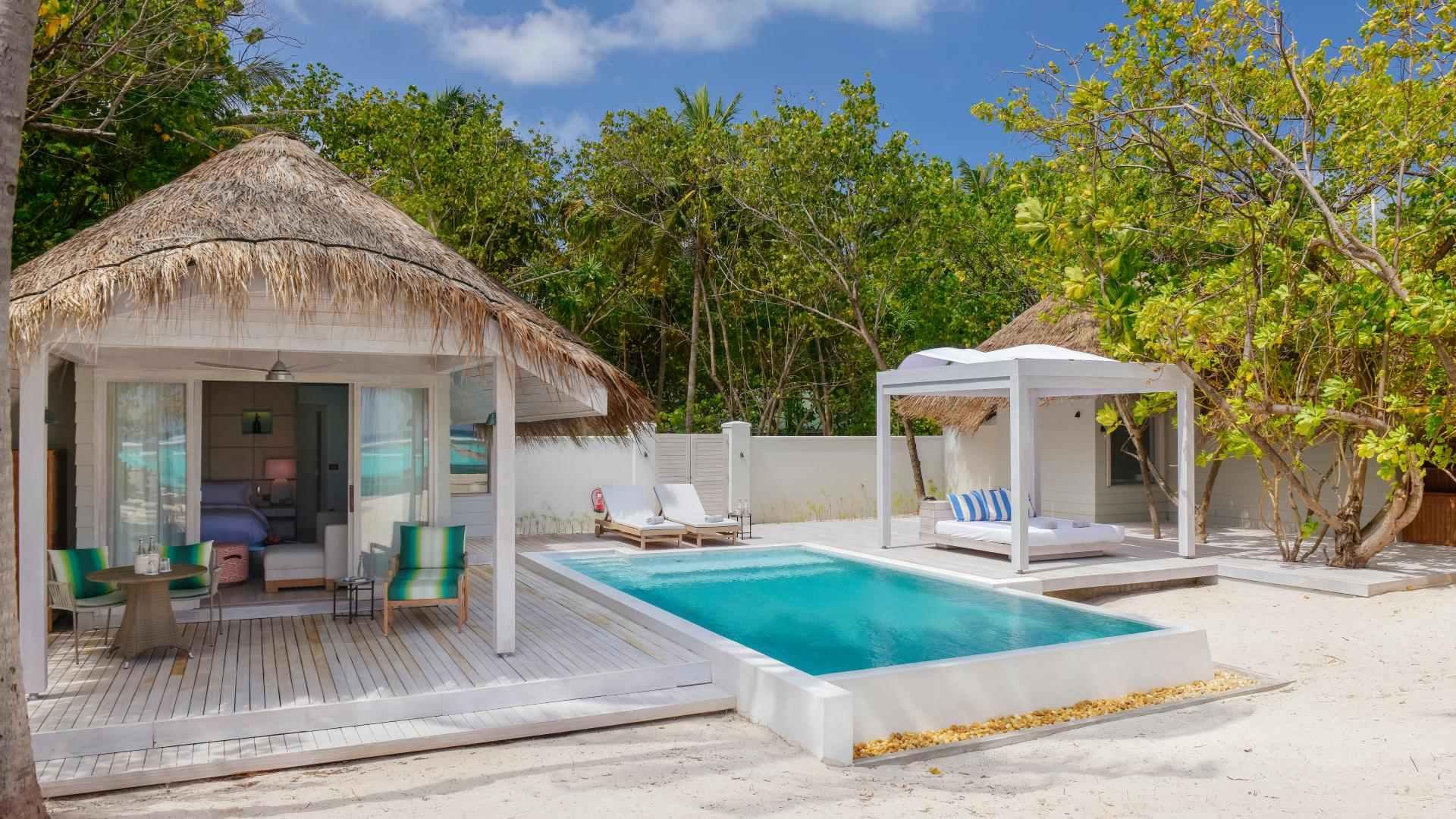 Retreat Grand Pool Villa