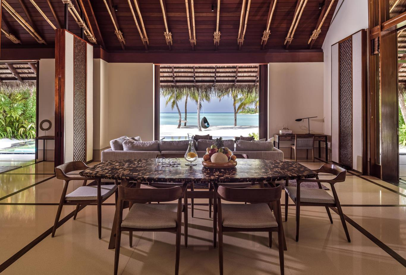 Grand Beach Villa dining area