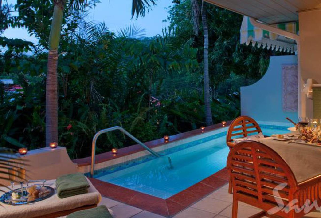 Honeymoon Hideaway One Bedroom Butler Suite with Private Pool - BH