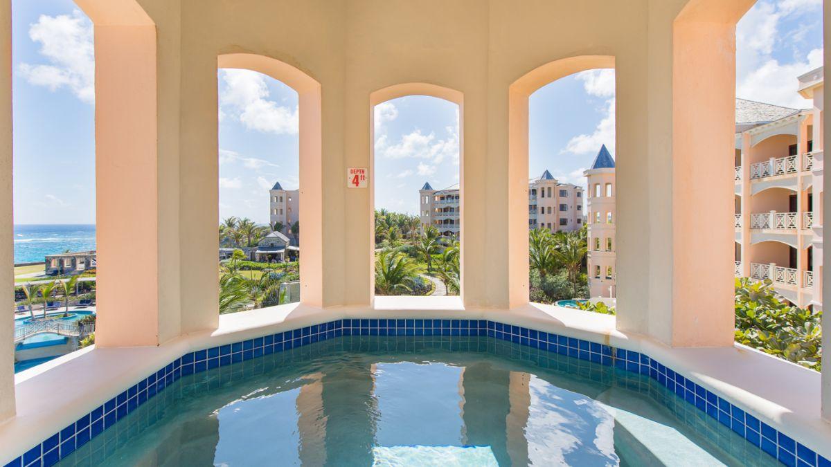 2 bedroom Ocean View Suite with Plunge Pool tower
