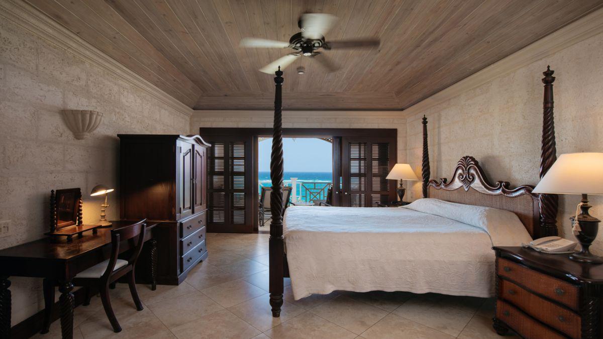 2 bedroom Ocean View Suite with Plunge Pool
